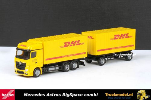Herpa 301220 DHL Mercedes Actros wisselbakken combinatie