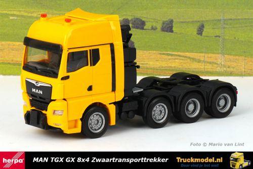 Herpa 313537 MAN TGX GX 8x4 Zwaartransporttrekker