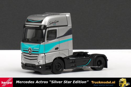 Herpa 308830 Mercedes GigaSpace Silver Star Edition trekker
