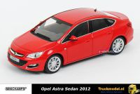 Minichamps 410 042001 Opel Astra 2012 Red