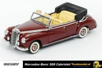 Minichamps 437 032131 Mercedes Benz 300 Cabriolet 1952 Dark Red